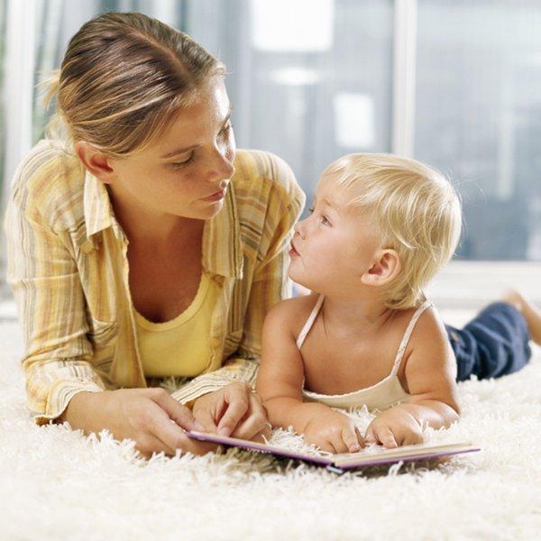 enfant-maman-livre-parle Quiz sur l'ecole a la maison
