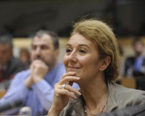 à une députée européenne sophie-auconie sur http://l-ecole-a-la-maison.com